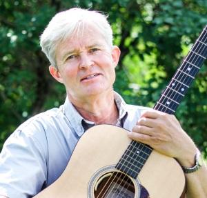 Jan Schwencke med gitar nærbilde