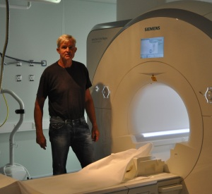MR-scanning før og etter datatreningen gjør det mulig å se (forhåpentlige) endringer i hjernen.
